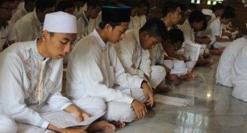 Doa Bersama Kelas IX Menjelang UNBK