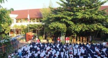 Apel Penerimaan Peserta Didik baru (pembina Bapak Wakil Bupati Bojonegoro)