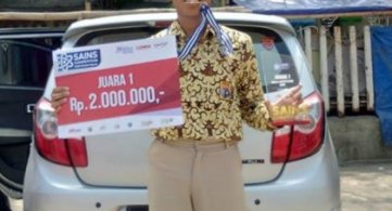 Juara 1 Lomba Sains Competition