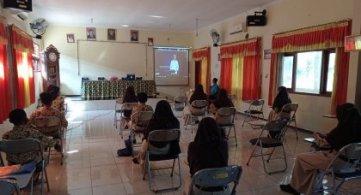 Webinar Literasi Digital Nasional 2021, wilayah Jawa Timur  I